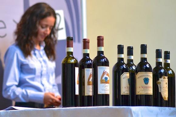 brunello-di-montalcino-wine-town.JPG
